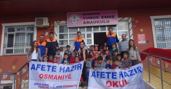 Anaokulu öğrencilerine deprem tatbikatı yapıldı
