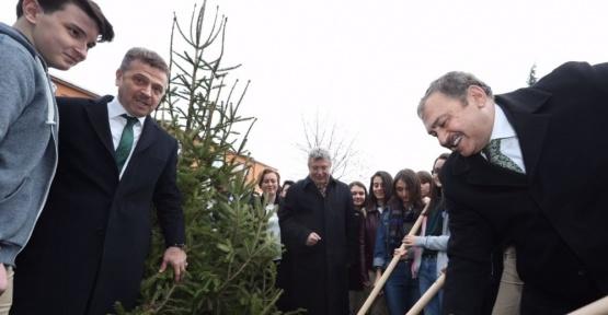 Bakan Eroğlu Gaziosmanpaşa'yı ağaçlandırma sözü verdi