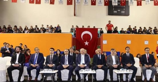 Başakşehir'de okullara spor malzemesi desteği