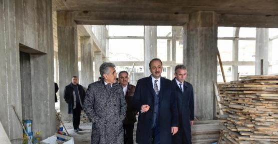 Başkan Akgül, Başak Merkez Camii inşaatını inceledi