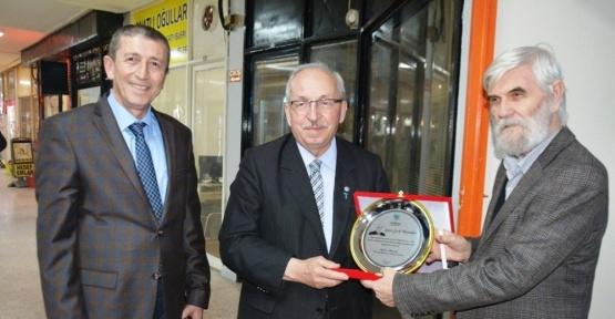Başkan Albayrak'tan Gazeteciye 50. yıl sürprizi