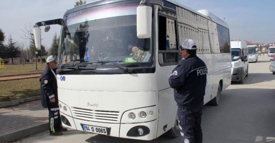 Bolu'da ihbar üzerine okul servisleri denetlendi