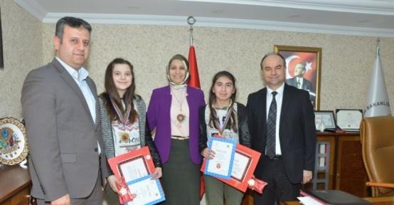 Bozüyük Yavuz Sultan Selim Ortaokulu öğrencilerinden büyük başarı