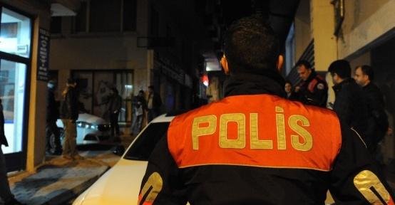 Bursa polisinden yaya uygulama