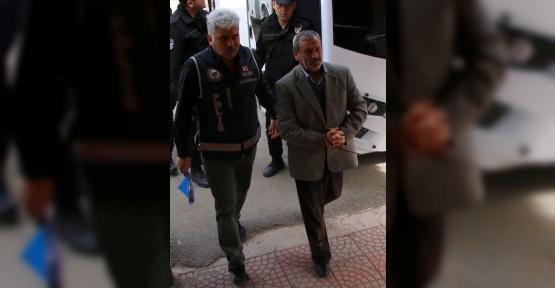 'Bylock'çu polis ve müdürler adliyeye sevk edildi