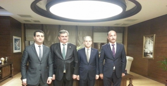 Çaturoğlu, Çağatay Kılıç ile spor yatırımlarını görüştü