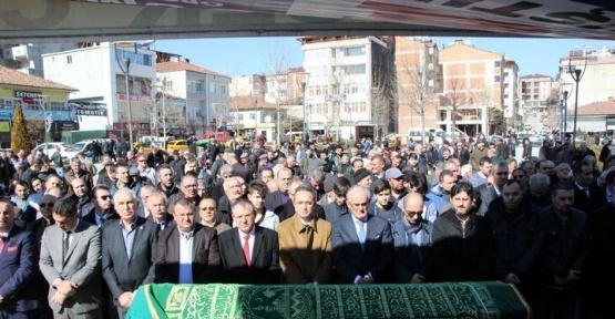 CHP'li Tezcan'ın amcası toprağa verildi