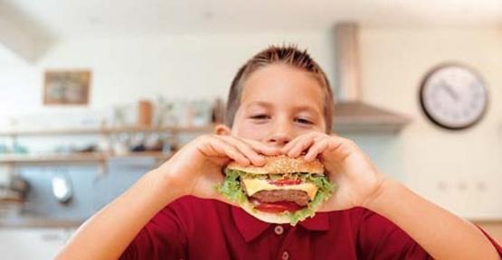 Çocukların beslenmesinde 3 önemli tüyo