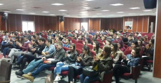 Didim'de kariyer günleri semineri yapıldı