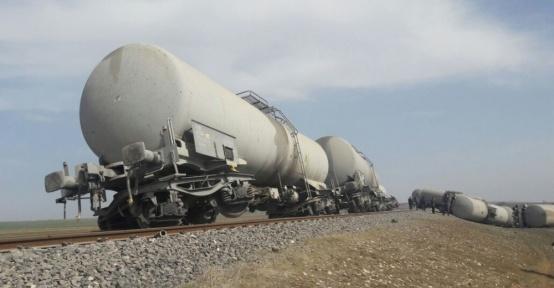 Diyarbakır'da yük treninin geçişi sırasında patlama