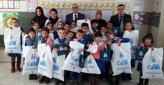 EBB Hayır Çarşısı'ndan öğrencilere eğitim desteği