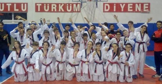 Edirne'de tekvandoda büyük başarı