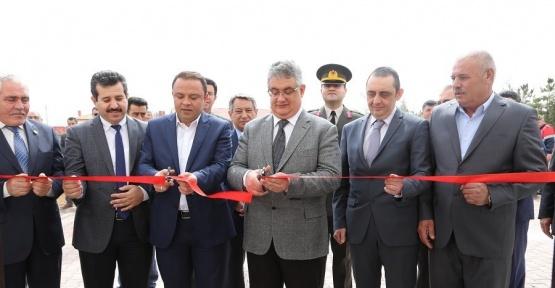 Eskil ilçesi Kökez köyünde Köy Konağı törenle açıldı