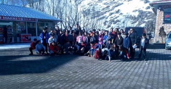 GKV'liler Kayseri Erciyes kayak eğitim kampında