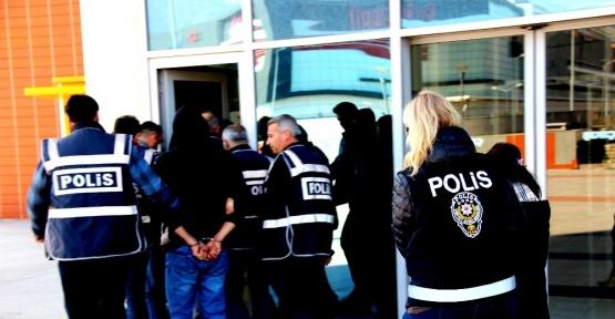 İskenderun'da çeşitli suçlardan aranan 12 şahıs yakalandı