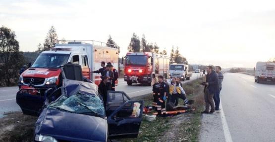 İzmir'de otomobil takla attı 6 yaralı var