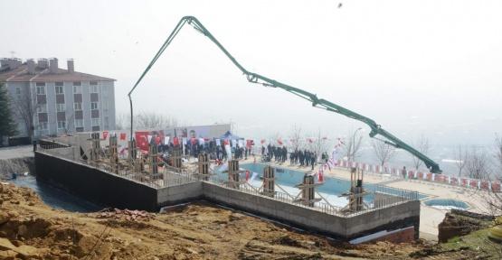 İzmit Belediyesinin yaptırdığı aquaparkın temeli atıldı