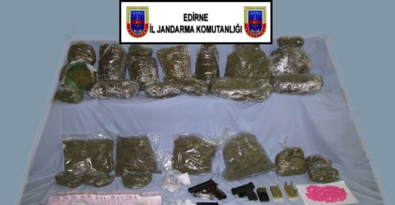 Jandarmadan uyuşturucu satıcılarına şok baskın
