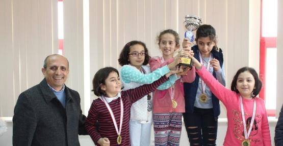 Karaman'da okullararası satranç il birinciliği müsabakaları tamamlandı