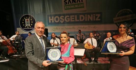 Kütahya'da Türk Halk Müziği Konseri