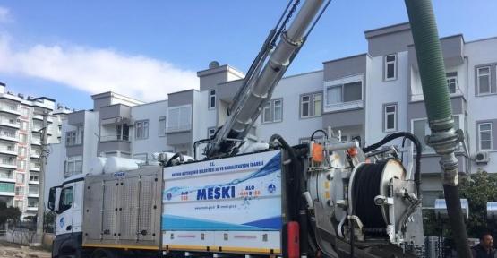 MESKİ, kanalizasyon şebekelerinin temizliğini yapıyor