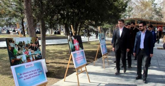 Necmettin Erbakan fotoğraf sergisi açıldı