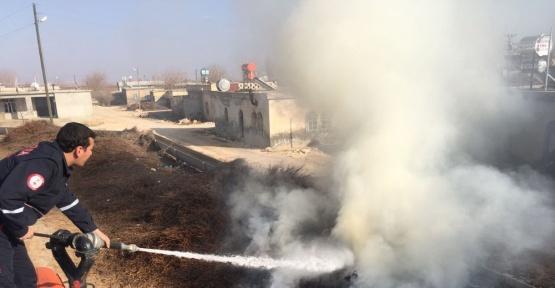 Odunlukta çıkan yangını itfaiye ekipleri söndürdü