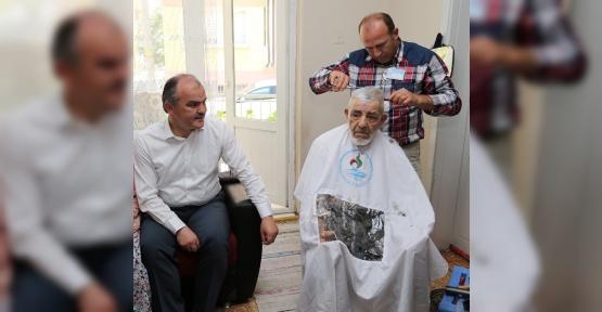 Pamukkale Belediyesi'nin kişisel bakım hizmeti sürüyor