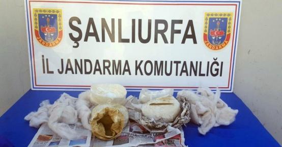 Şanlıurfa'da uyuşturucu madde ve silah ele geçirildi