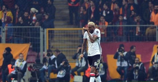 Talisca, Beşiktaş'ı sırtladı