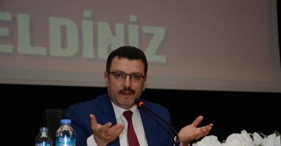 """Trabzon'da """"Yeni Anayasa ve Cumhurbaşkanlığı Sistemi"""" paneli"""