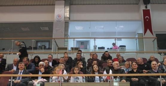 U23 Türkiye Bayan Güreş Şampiyonası'nda ilk gün sona erdi