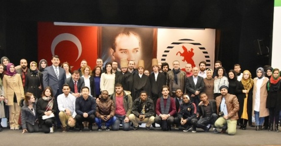 Uluslararası öğrenciler Türkçeyi yaşayarak öğreniyor