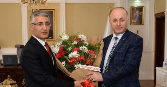 Vali Azizoğlu'na Vergi Haftası ziyareti