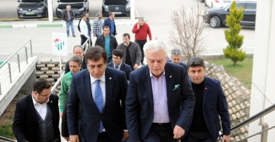 Vali, Belediye Başkanı ve Emniyet Müdüründen Bursaspor'a ziyaret