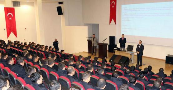 Vali Tapsız Karaman POMEM öğrencilerini ziyaret etti