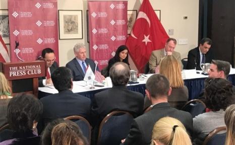 ABD'de Yaşayan Suriyeliler, PYD'ye Verilen Destekten Şikayetçi