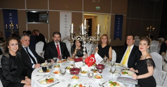 Acıbadem Eskişehir Hastanesi 14 Mart Tıp Bayramı'nı kutladı