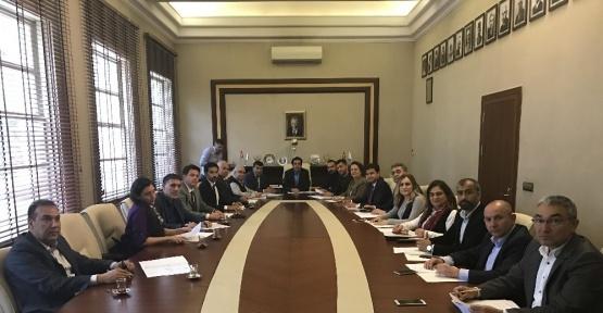 """Adana Kent Konseyi'nden """"kent meydanı"""" önerisi"""