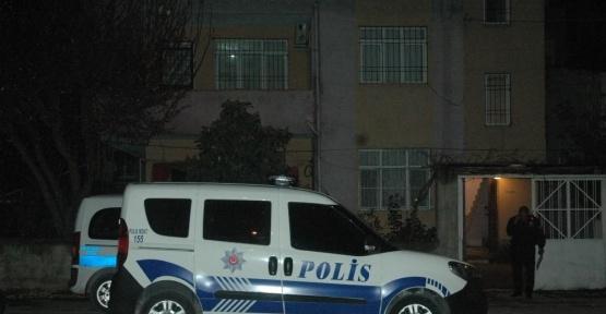 Adana'da 27 yaşındaki genç kadın kendini astı