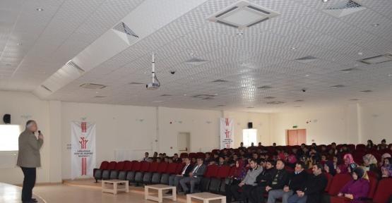 Adilcevaz'da YGS öncesi motivasyon semineri