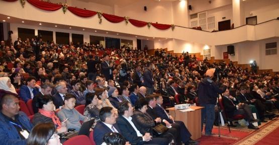Ahmet Yesevi Üniversitesinde Türkistan ve Türkoloji Sempozyumu düzenlendi