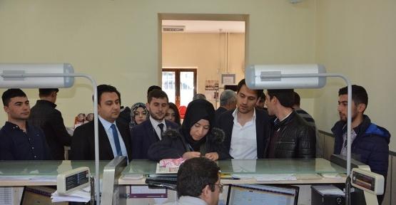 AK Parti Gençlik Kolları'ndan Kılıçdaroğlu'na 'evet' lokumu