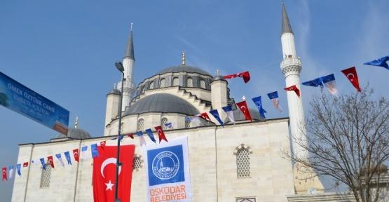 AK Parti İstanbul İl Başkanı Dr. Selim Temurci, Özer Öztürk Camii açılışına katıldı