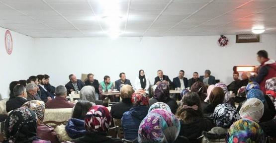 AK Parti referandum çalışmalarına devam ediyor