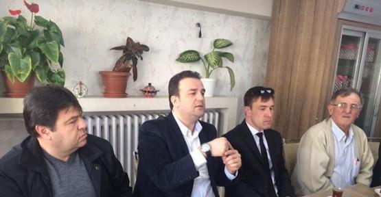 Ak Parti Tepebaşı İlçe Başkanlığı mahallelerde halk oylamasını anlatıyor