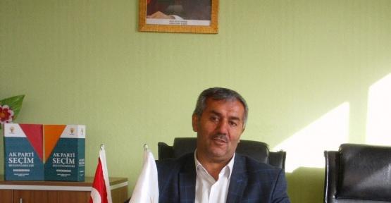 AK Partili başkan evini parti bürosu yaptı