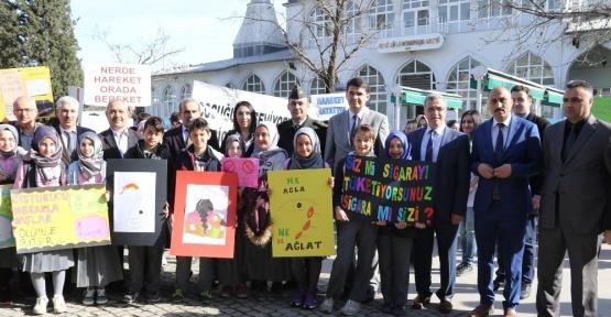 Akyazı'da Yeşilay haftası nedeniyle yürüyüş düzenlendi