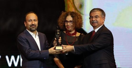 Altın Portakallı yönetmen Oscar'ı kazandı