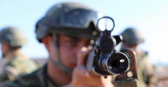 Asker ve polis Lice'de kuş uçurtmuyor